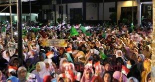 Suasana Polres Trenggalek Yang Dipadati Puluhan Ribu Masyarakat.