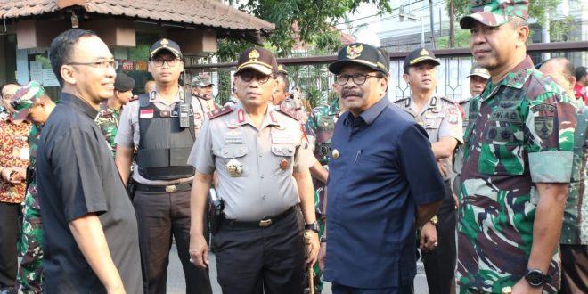 TNI, POLRI AKAN JAGA KEAMANAN KEGIATAN IBADAH SURABAYA