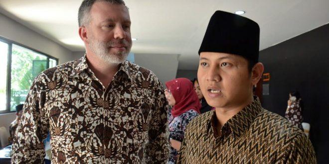 BEKERJASAMA DENGAN AUSTRALIA, PEMERINTAH INDONESIA KEMBANGKAN PEREKONOMIAN LOKAL DI TRENGGALEK